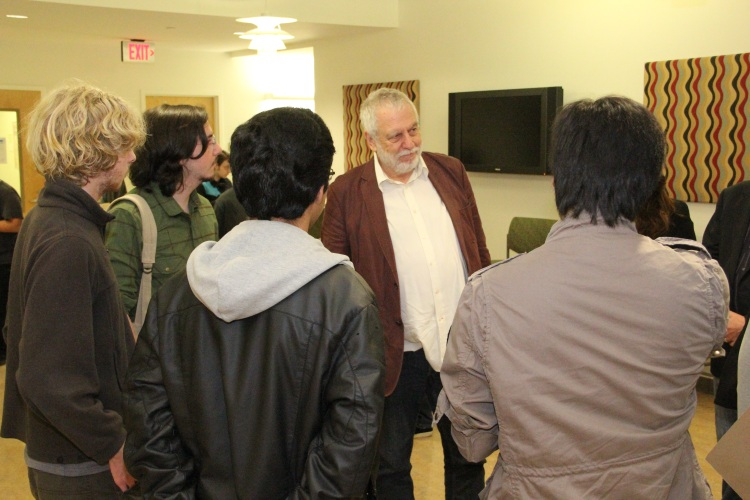 Nolan Bushnell holds court during Game Developers Week
