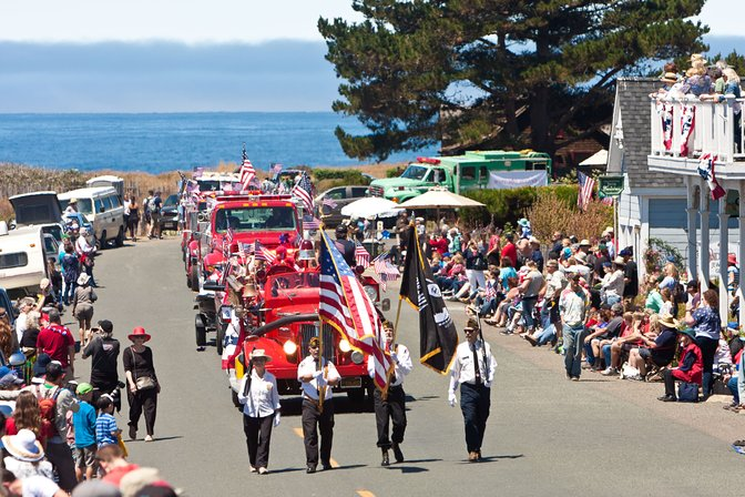 Start of the July 4th parade, Mendocino, California