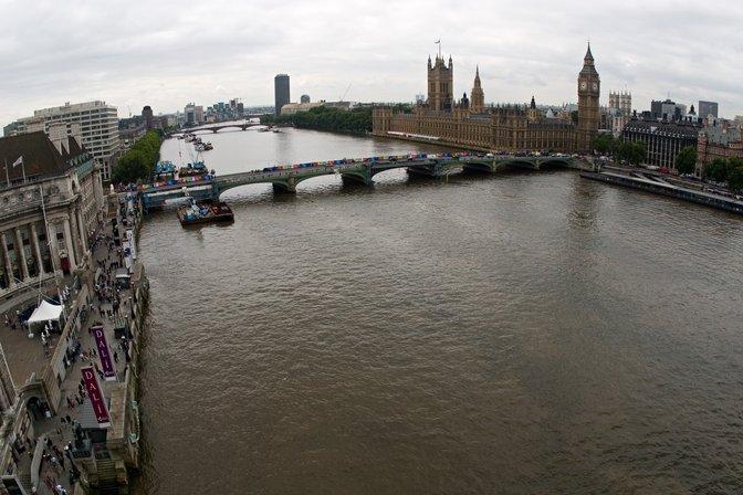 London - Westminster Bridge (un'immagine seria e bella) dans immagini di città e luoghi stranieri WestminsterBridge-m