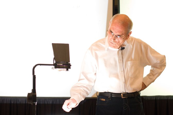 Volker Strassen presenting the Knuth Prize lecture at SODA 2009
